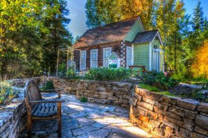 Curb Appeal Tips for Fall Sellers